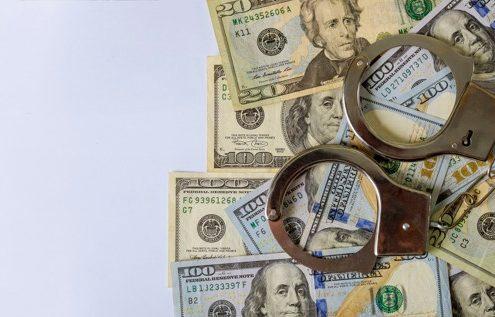 پولشویی با فرار مالیاتی